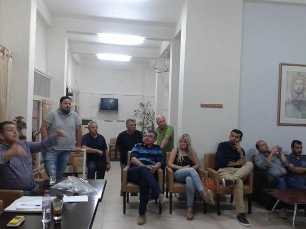 Φωτογραφία από τη συνεδρίαση των Βελεστινιωτών