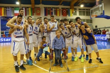 Οι παίκτες της Εθνικής αφιέρωσαν το χρυσό στο Γιάννη Ζηργάνο