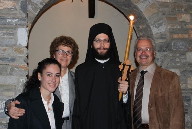 Η οικογένεια με τον π. Ιωήλ, Αρχιδιάκονο της Μητρόπολης Δημητριάδος