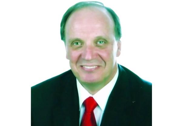 Ο πρόεδρος της Λέσχης Κλασικών Οχημάτων Βόλου, Τέλης Δουλόπουλος