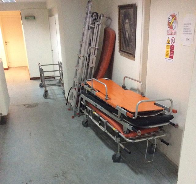 Αυτά τα εναπομείναντα φορεία… θα συμπεριληφθούν στον εξοπλισμό του νέου Κέντρου Υγείας