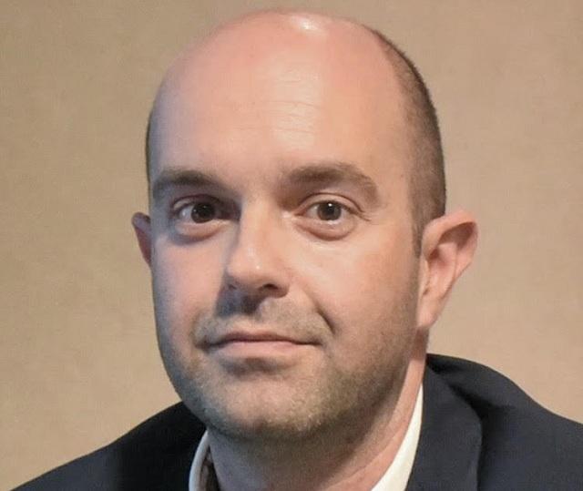 Ο ψυχίατρος - σεξολόγος, Dr Γεώργιος Πάγκαλος στη θέση του γραμματέα
