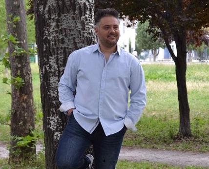 Γιώργος Μόσχος, τραγουδιστής – στιχουργός