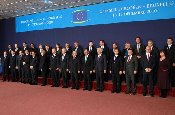 Εκτακτη Σύνοδο Κορυφής στην Ε.Ε. ελέω χρέους
