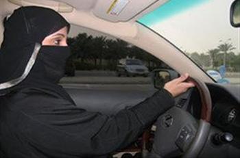 Γυναίκα συνελήφθη... επειδή οδηγούσε
