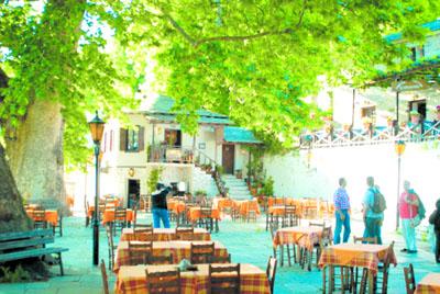 ΒΥΖΙΤΣΑ :Ενα ζωντανό μουσείο της παράδοσης
