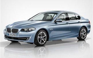 Στο Τόκιο η υβριδική BMW Σειρά 5