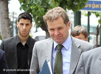 """Τόμσεν: Το PSI """"κλειδί"""" για το ελληνικό χρέος"""