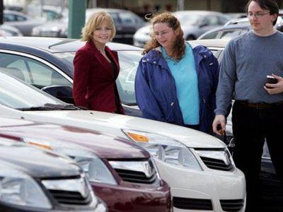 Έπεσαν κατά 3,5% οι πωλήσεις των αυτοκινήτων στην Ευρώπη