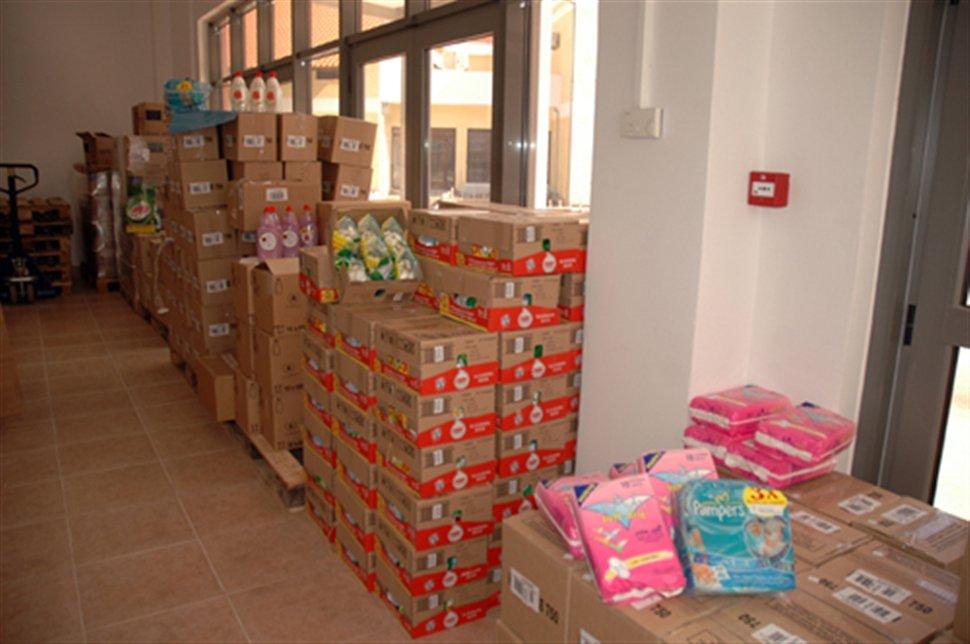 Λάρισα: Διέρρηξαν αποθήκη του Ερυθρού Σταυρού στη Λάρισα