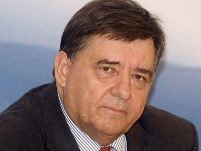 Καρατζαφέρης: «Ημεδαπές και αλλοδαπές σκοπιμότητες» στην απόφαση για Εφραίμ
