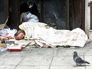 Στις «γειτονιές» των αστέγων