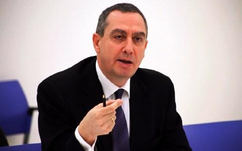 Μιχελάκης: «Κανείς δεν μιλάει για εκλογές μετά το Πάσχα»