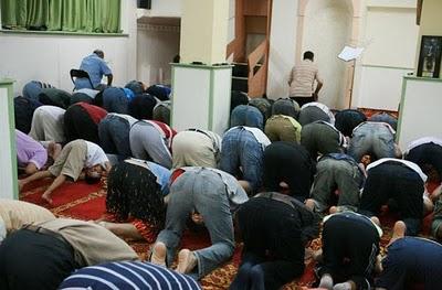 Ο ΣΥΡΙΖΑ κατηγορεί Βορίδη για το τζαμί