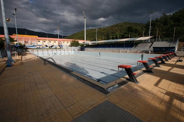 Κλείνει η εξωτερική πισίνα του ΕΑΚ