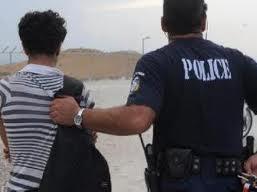 Συνελήφθη 18χρονος Πακιστανός για κατοχή πλασών CD στο Βόλο