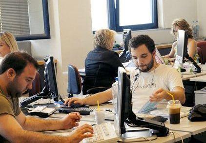 Διπλό τεστ για 700.000 δημοσίους υπαλλήλους