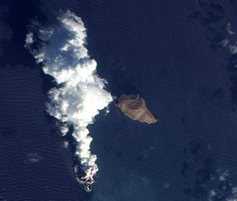 Νέο νησί γεννήθηκε στην Ερυθρά Θάλασσα