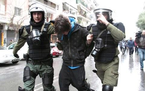 Καταγγέλουν την ΕΛΑΣ για ενοχοποίηση διαδηλωτή
