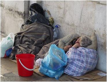Επίσημα και με νόμο οι άστεγοι