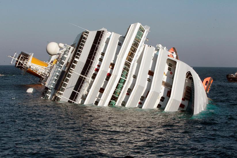Τραγωδία σε προσάραξη κρουαζιερόπλοιου