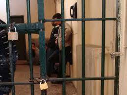 Προσπάθησε να παραδώσει ναρκωτικά σε κρατούμενο!