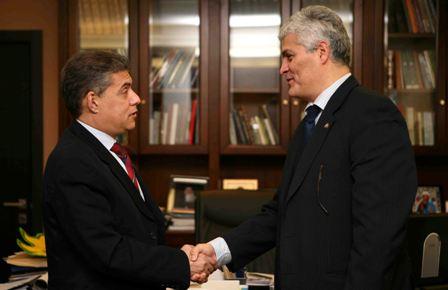 Συνάντηση περιφερειάρχη Θεσσαλίας με τον Πρέσβη της Βενεζουέλας