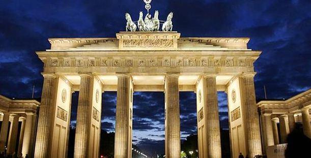 Γκρίνια στο Βερολίνο για τη συνέχιση βοήθειας της Ελλάδας