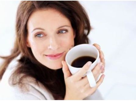 Η καφεΐνη προκαλεί ορμονικές διαταραχές στις γυναίκες