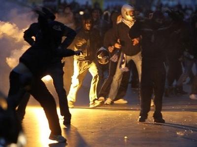 Συμπλοκές οπαδών του ΠΑΟΚ με την αστυνομία