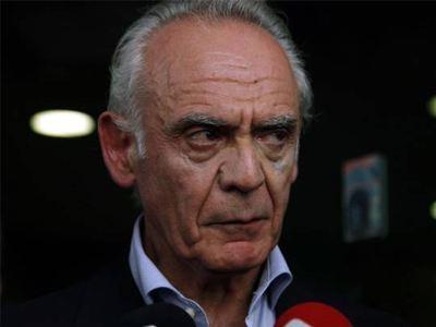 Ελεύθερος με περιοριστικούς όρους ο Α. Τσοχατζόπουλος