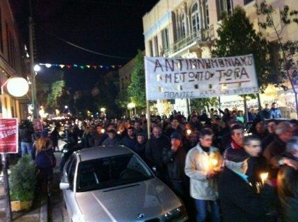 Κρήτη: Χιλιάδες στους δρόμους με κεριά και κατσαρόλες!
