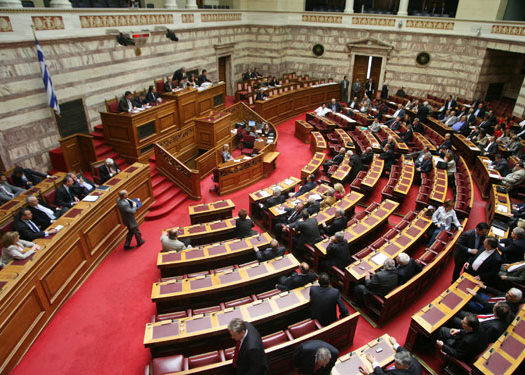 Την Κυριακή ψηφίζονται το PSI και η ανακεφαλαιοποίηση των τραπεζών