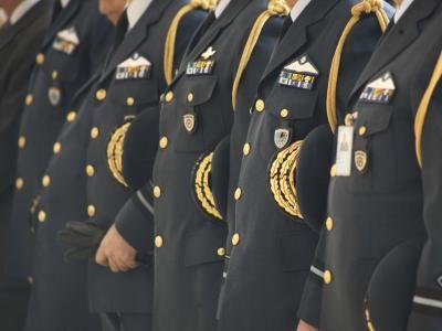 Σε ετοιμότητα καλούν απόστρατοι τους εν ενεργεία στρατιωτικούς