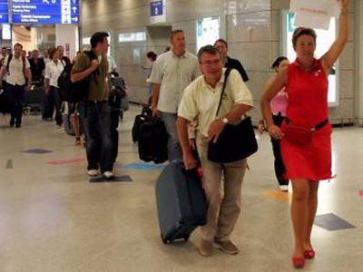 Οι Γερμανοί τουρίστες αποφεύγουν τις διακοπές στην Ελλάδα