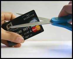 Λάρισα: «Κουρεύτηκαν» χρέη δανειοληπτών προς τράπεζες