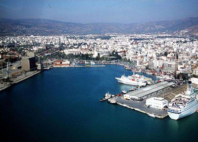 Βουτιά της κρουαζιέρας το 2012 στο λιμάνι του Βόλου