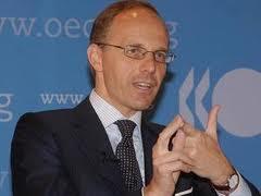 """Λουξεμβούργο : """"Ή μεταρρυθμίσεις ή έξοδος από το ευρώ"""" οι επιλογές που έχει η Ελλάδα"""