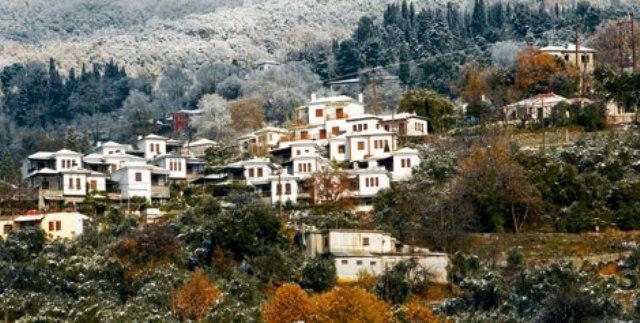 ΜΗΛΙΕΣ: Το πανέμορφο ιστορικό χωριό
