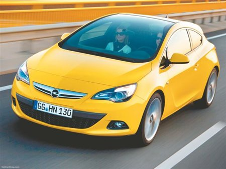 Opel Astra GTC 1.4T 140PS
