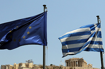 Προτείνει έξοδο της Ελλάδας από την Ευρωζώνη ο Σέντερ