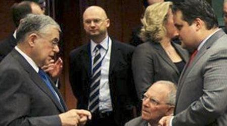 Financial Times: «Η Ελλάδα θα χρειαστεί και 3ο πακέτο διάσωσης»