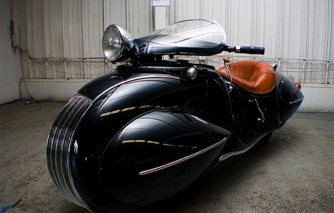 1930 Art Deco Henderson