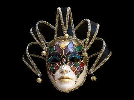 Τάσσος Μητρογώγος:Πέφτουν οι μάσκες...