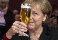 Θραύση κάνουν στο Διαδίκτυο οι... μπύρες και η Άνγκελα Μέρκελ