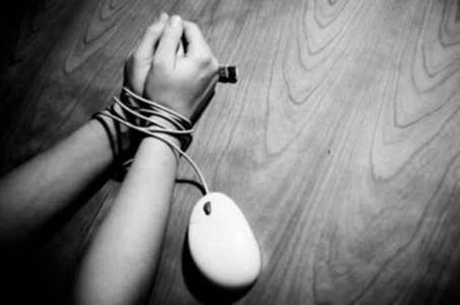 Ανθεί το εμπόριο ναρκωτικών στο διαδίκτυο