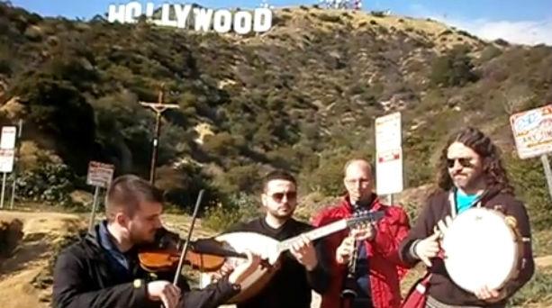 Τρικαλινοί τραγούδησαν την… καραγκούνα στο Χόλιγουντ!! Βίντεο