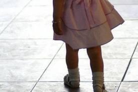 Σοκ!Γονείς εγκατέλειψαν την 5χρονη κόρη τους μετά από τροχαίο