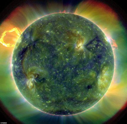 Νέα μεγάλη ηλιακή έκρηξη στέλνει απειλητική ακτινοβολία προς τη Γη