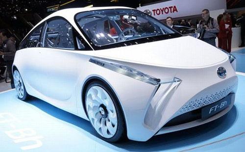FT-Bh: Πρωτότυπο υβριδικό  από την Toyota